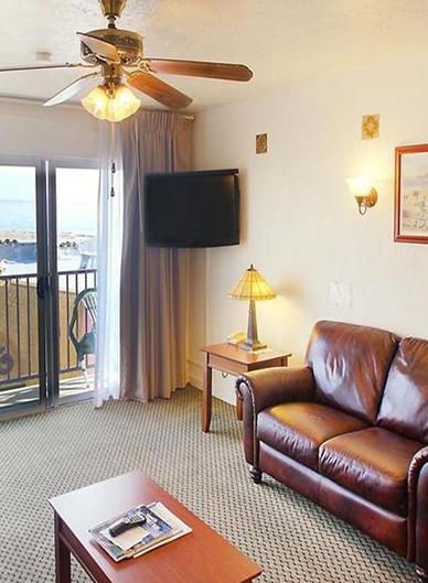 Spacious Rooms with beautiful Ocean Views
