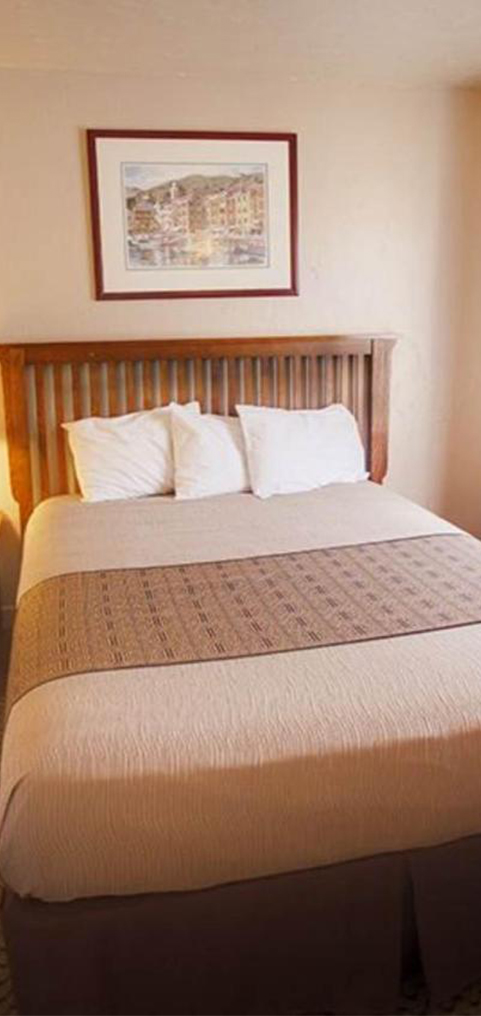 Relax comfortably at our Capitola hotel