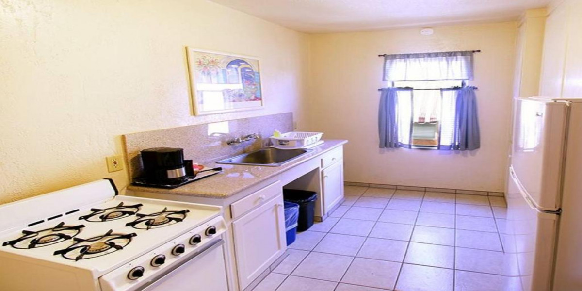 Kitchen and other Amenities